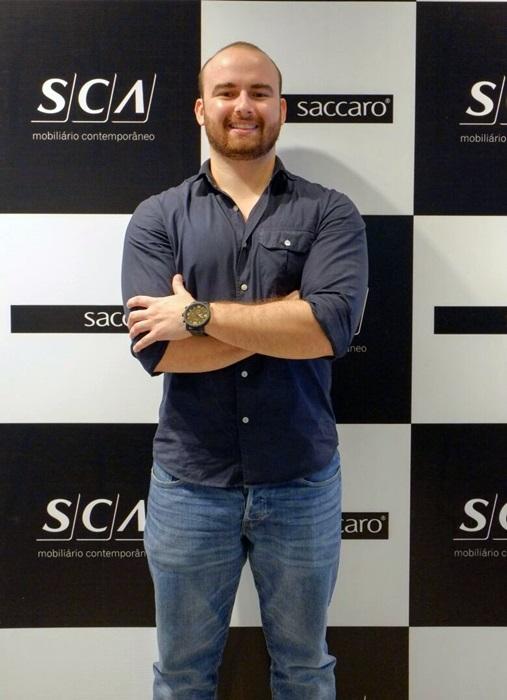 Felipe Viga, franqueado da Skill Idiomas Manaus foi o palestrante do Café com Letras, realizado ontem, pela Skill e a SCA, só para arquitetos e designers de interiores